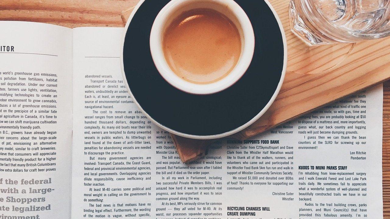 仕事 新聞 コーヒー