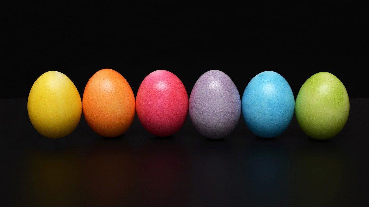 カラフル 卵