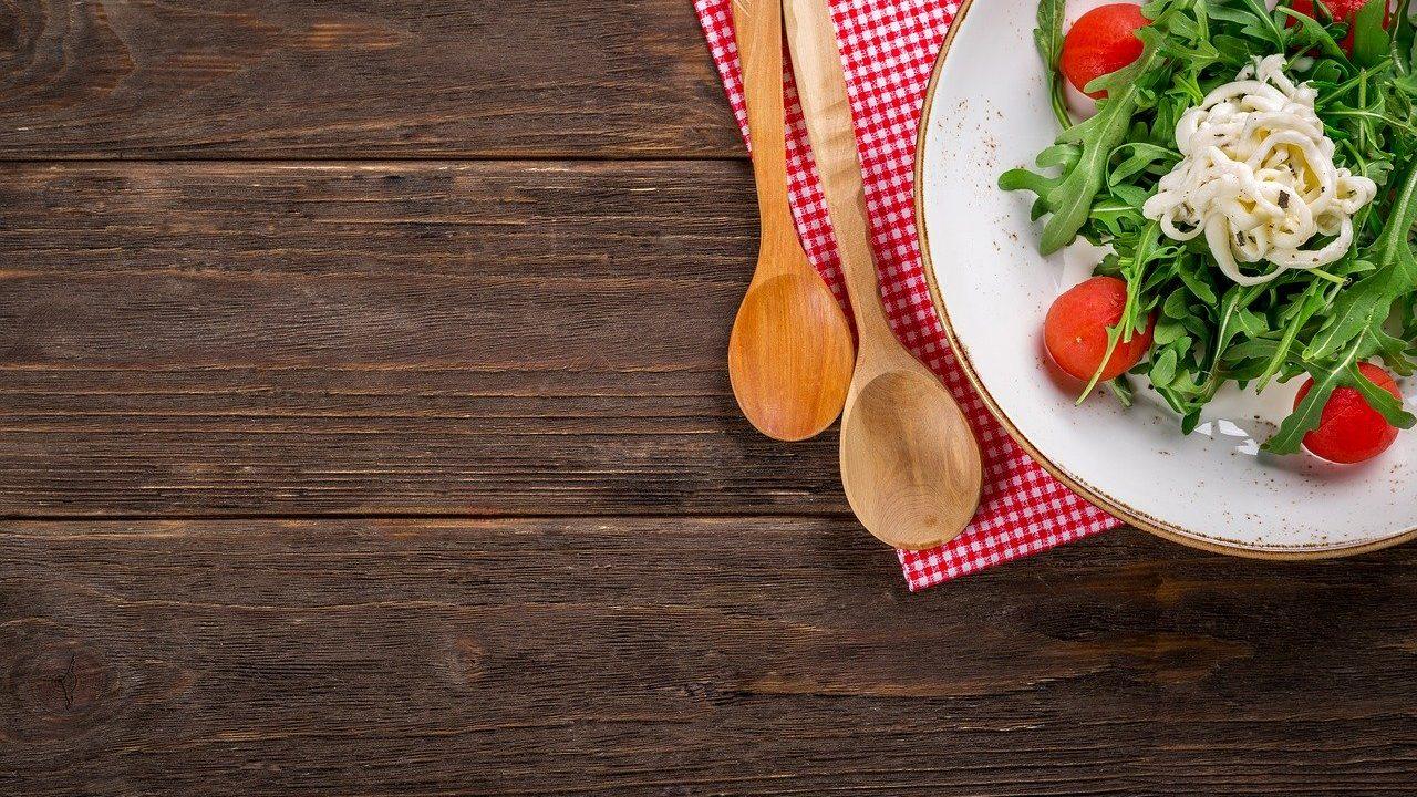 サラダ 食料品